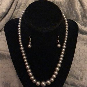 NWT Necklace and earrings